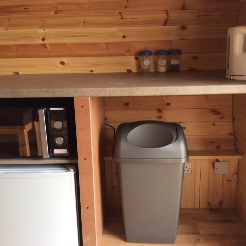 Self-catering facilities in Standard Glamping Pods in Ellesmere, Shropshire