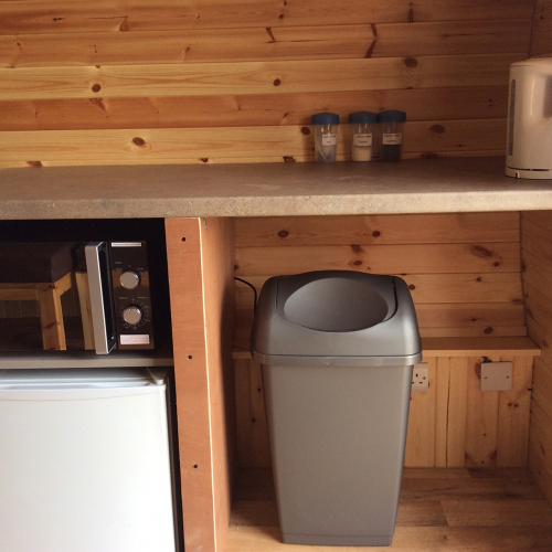 Self Catering Facilities in Standard Glamping pods in Ellesmere Shropshire